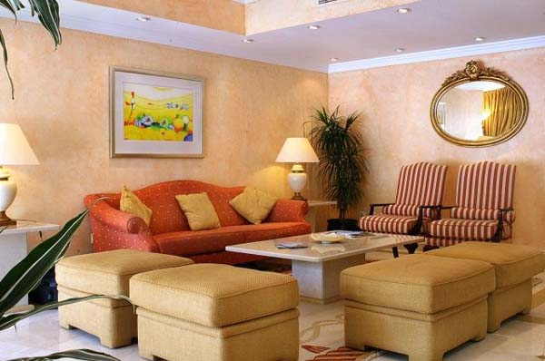 Formosa Park Apartment Hotel lounge (2)