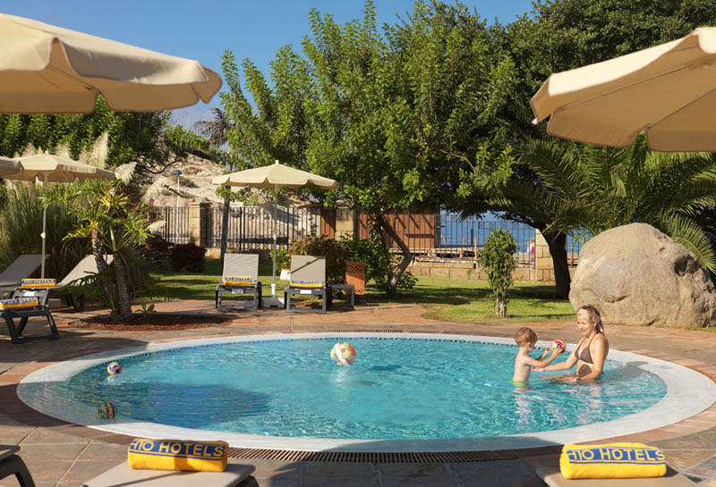 H10 Costa Adeje Palace Swimming pool for kids