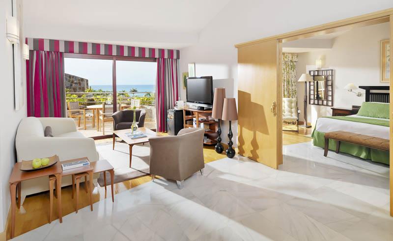 Book h10 playa meloneras palace in santa luc a de tirajana for Design hotel gran canaria